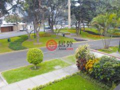 居外网在售秘鲁4卧4卫的房产总占地545平方米USD 981,000