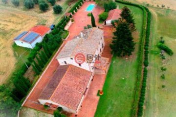 居外网在售意大利4卧2卫最近整修过的房产总占地60000平方米EUR 990,000
