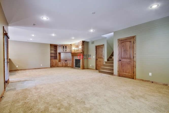 美国堪萨斯州安多弗5卧5卫的房产