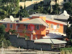 居外网在售海地4卧4卫的房产总占地425平方米USD 699,000
