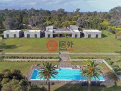居外网在售乌拉圭Barra de Maldonado6卧7卫的房产USD 2,800,000