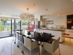 居外网在售日本Yamanashi8卧7卫的房产总占地3488平方米JPY 1,200,000,000