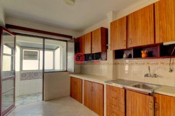 居外网在售葡萄牙Olhão4卧1卫的房产总占地87平方米EUR 87,000