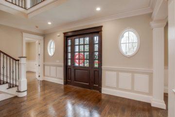 居外网在售美国6卧8卫新房的房产总占地1395平方米USD 3,295,000