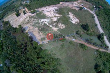 居外网在售柬埔寨KampotUSD 1,100,000总占地15868平方米的土地