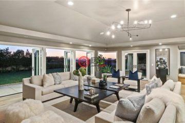 居外网在售美国3卧3卫曾经整修过的房产总占地897平方米USD 3,995,000