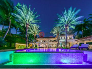 居外网在售美国迈阿密海滩10卧11卫的房产总占地3718平方米USD 40,000,000