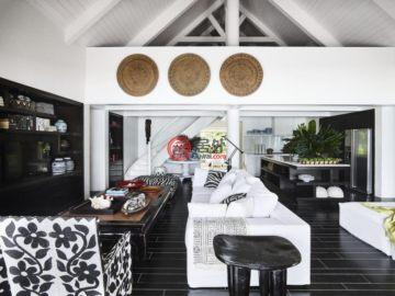 居外网在售瓦努阿图维拉港7卧7卫的房产总占地10412平方米AUD 5,300,000